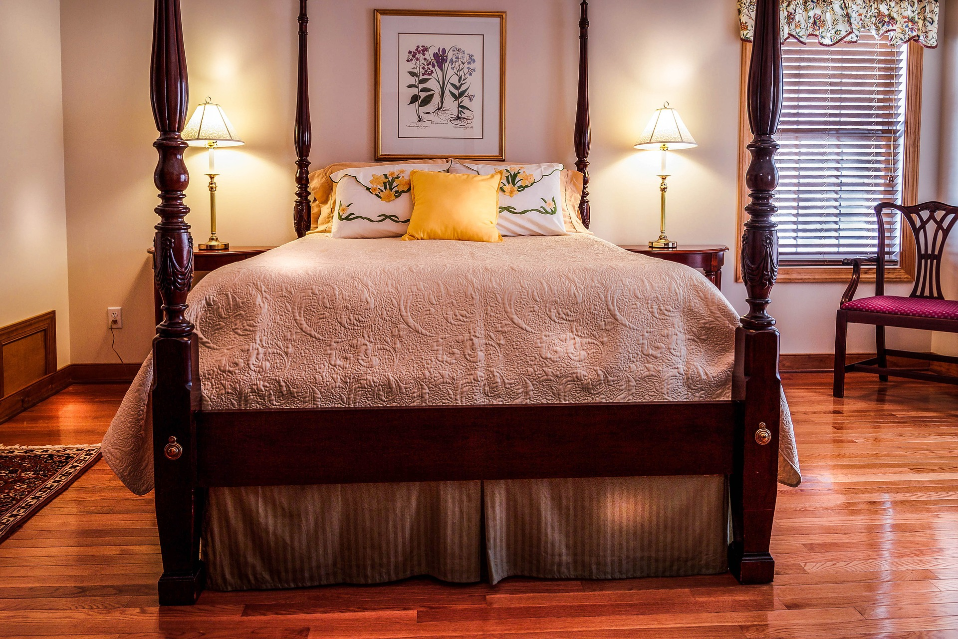 Large Bed Wood Floor PDHF