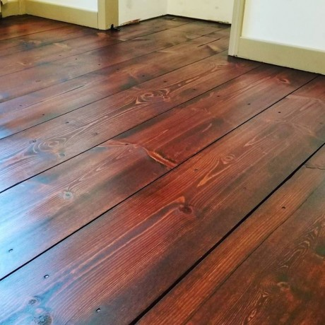 Pine stained Sedona Red